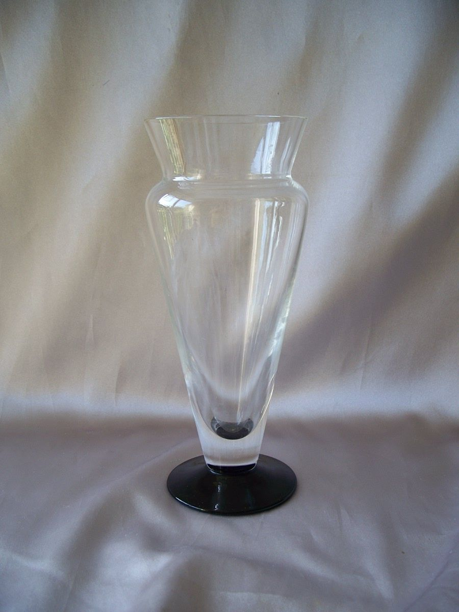 Beautiful Crystal Vase with Black Base