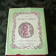 The Secret Garden by Frances Hodgson Burnett and Pictures by Tasha Tudor