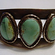 Vintage Man's American Indian Turquoise Bracelet with Full Bear Hallmark
