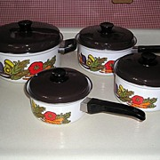 8 pc Set Enamel Fingerhut Cookware Pans 1978 Veggies