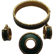 Vintage BERGERE Signed Set Clamper Bracelet Gold Tone Green Plastic Pin Clip Earrings Victoria