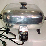 SOLD Atomic Retro Sunbeam Aluminum Electric Skillet Fry Pan Heat Control 61B-1 425A