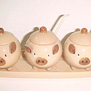 Lefton Porcelain Three Little Pigs Figural Condiment Set H2555