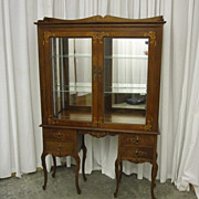 Antique Southern Style Inlay China Curio Cabinet w Mirrored Back & Glass Shelves