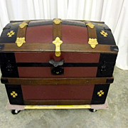 Antique Hump Back Steamer Trunk or Chest in Great Condition Xtra Nice Interior