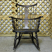 Antique Comb Back Windsor Style Rocking Chair Dark Walnut Very Nice Condition