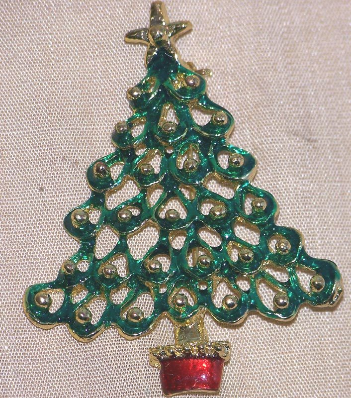Sweet Enameled Christmas Tree Pin Brooch