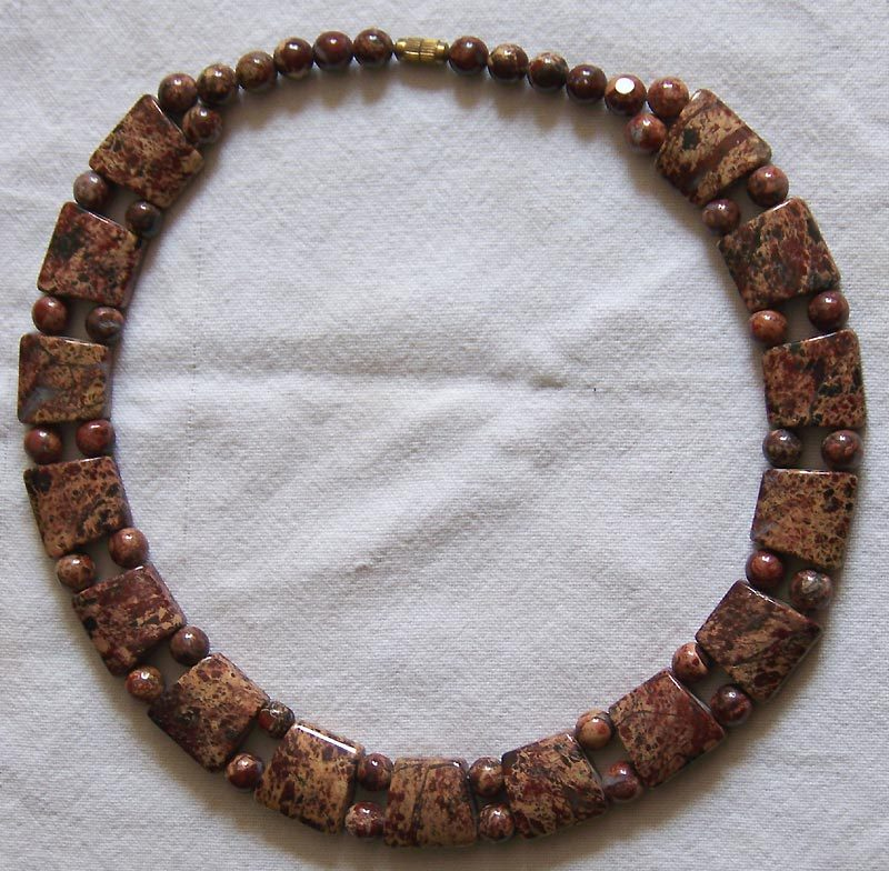 Red and Brown Chunky Jasper Choker Necklace  130 grams