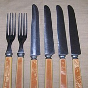6 Piece 2 Tone Bakelite Handled Flatware Set with Pearlized Handles