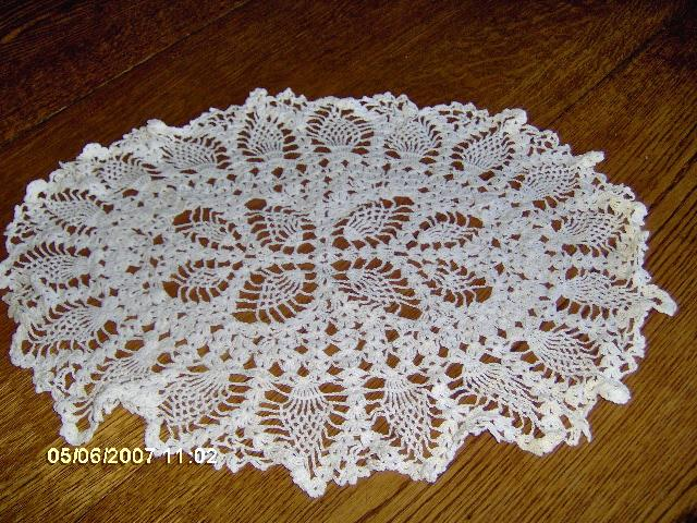Oval Cream Crochet Doily with Pineapple Design