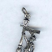 SALE Sterling New Orleans Bourbon Street Lamp Post Charm for Charm Bracelet