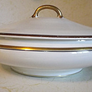 REDUCED Pope Gosser round covered Vegetable Bowl or Tureen