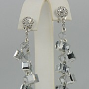 Unique Swarovski Crystal CAL 8 Drop Earring