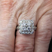 Lady's 14K White Gold & Diamond Ring