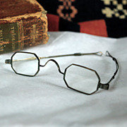 Antique Slide Temple Octagonal Glasses circa 1840-1880