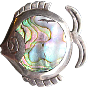 CUTE Taxco Sterling Abalone Angel Fish Pin