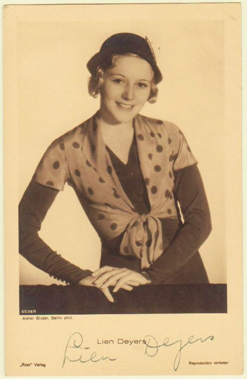 Lien Deyers: Autograph on Photo Postcard. Sad Story.