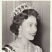 Queen Elizabeth II: Authentic Press Photo from 1966