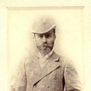 Ca. 1905: Larger mounted Photograph of a Gentleman