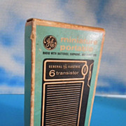 1960's Vintage GE Transistor Radio w/ Box & Papers General Electric