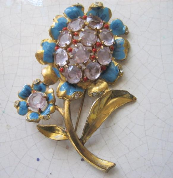 Extraordinary Large Flower Brooch/Pin with Art Glass, Gold Leaf