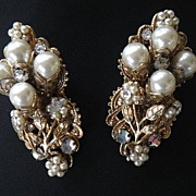 Gold Tone Faux Pearl Crystal Rhinestone Earrings