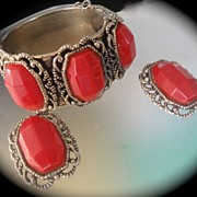 SALE Vintage Gold Tone  HUGE Red Cabochon Hinge Bracelet and Earrings Demi Parure