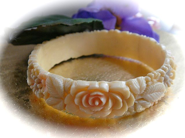1930s Hand Painted Celluloid Bracelet with Deeply Carved Flowers