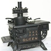 Adorable Vintage QUEEN Cast Iron Child's Stove with Pots!