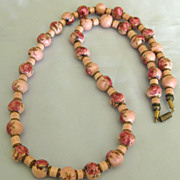 Pretty Vintage Mauve Pink Porcelain Bead Necklace with Roses- 28 Inches