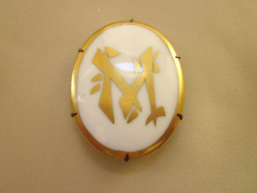 Vintage Porcelain Brooch With Gilt Asian Symbols