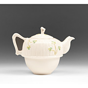 Unmarked Belleek Teapot