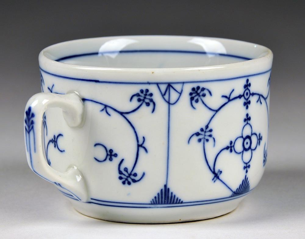 Decorating With Blue And White China: 16 Pc. Blue & White Oscar Schaller & Co. China From