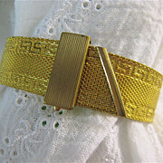 Gold Tone Mesh Buckle Bracelet Adjustable Fold Over Clasp