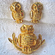 Mimi Di N 1975 Owl Demi Earrings Pendant