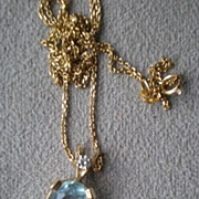 Beautiful 14k Gold and Aquamarine Pendant Necklace