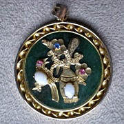 Gorgeous Gold Plate and Jade Pendant