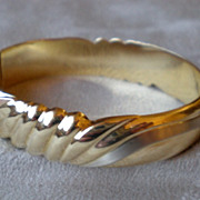 Stunning 14k Gold Bangle Bracelet