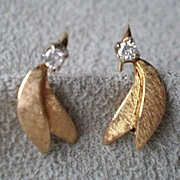 Beautiful 14k Gold / Diamond Leaf Earrings