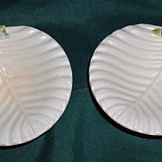 Pair Of Darling Italian Pottery Pin Dishes