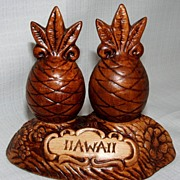Classic Treasure Craft Hawaii Salt And Pepper