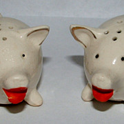 Two Little Pigs Salt And Pepper Shakers
