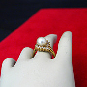SALE Lovely Imitation Pearl & Rhinestone Costume Jewelry Ring