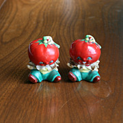 Vintage Anthropomorphic Tomato Head Boys salt and pepper shakers