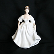Royal Doulton Angela Lady Figurine HN 2389 Full Size Vanity Fair