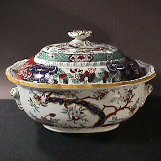 c1855 Hand Painted Japan Imari Mason's Patent Ironstone large Tureen & Cover