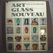 Book &quot;Art Glass Nouveau&quot; - Ray & Lee Grover - Great Reference