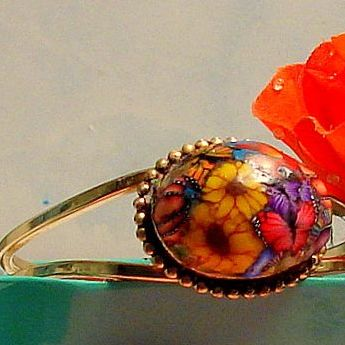 Polymer Clay One Wildlife Hinged Cabochon Bracelet with Parrot