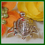 Vintage Sterling Silver Size 9 Turtle Ring Secret Compartment