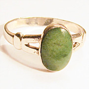 Vintage 6.5 Sterling Silver Ring with Green Stone